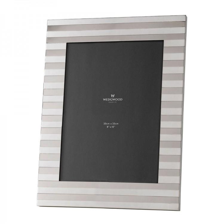 Wedgwood Intaglio Silver Frame 8 x 10 (20cm x 25cm)